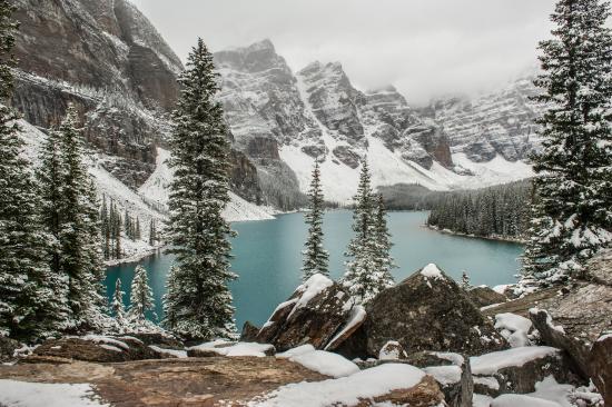 Moraine Lake Alberta Canada Picture Of Lake Louise Banff