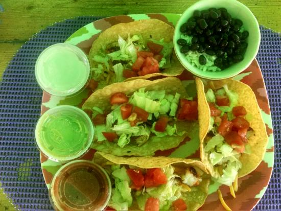 Juno Beach, Флорида: Tacos with homemade shells