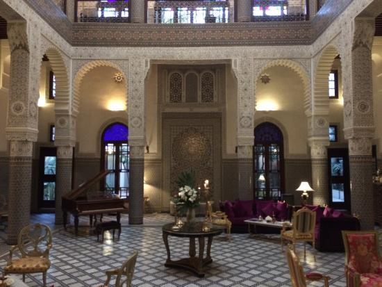 """Riad Fes - Relais & Chateaux: The """"lobby-courtyard"""""""