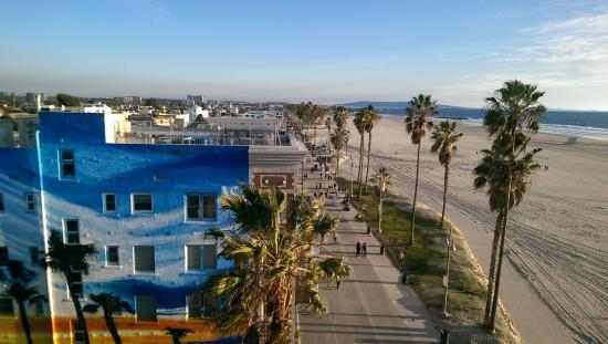 Venice beach boardwalk picture of venice beach boardwalk los