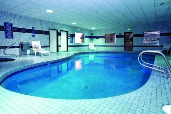 Shilo Inn Suites Hotel - Tillamook: Relax in our Indoor pool, open 24 hours for your convenience.