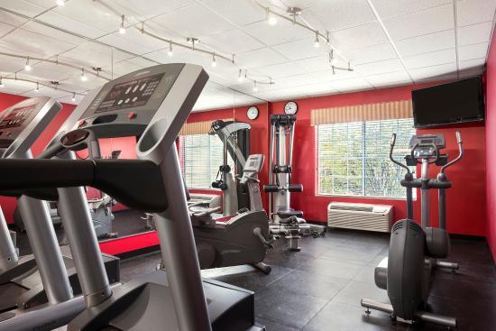 Clinton, IA: Fitness Center