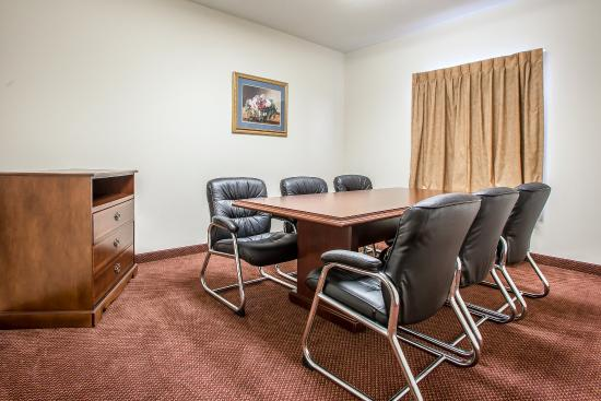 Comfort Suites Jefferson City: Meeting room