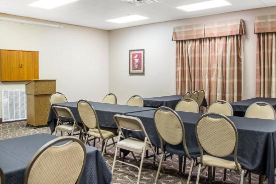 Claremore, OK: Meeting room