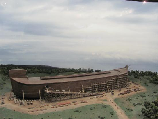 Noah 39 S Arc Picture Of Creation Museum Petersburg