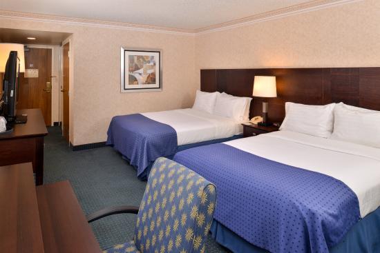 La Mirada, كاليفورنيا: Double Bed Guest Room