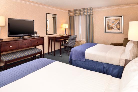 La Mirada, كاليفورنيا: Queen Bed Guest Room