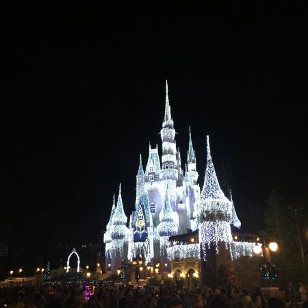 nieve en castillo disney - photo #1