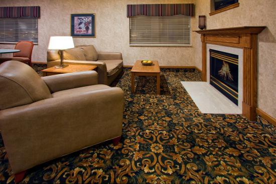 Howe, IN: Hotel Lobby