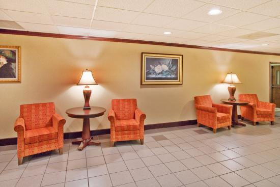 Holiday Inn Express Atlanta W (I-20) Douglasville: Hotel Lobby