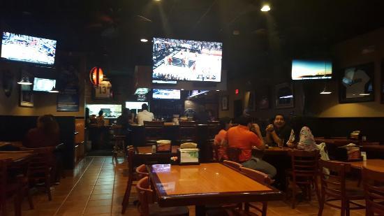 Jersey's Wings & Raw Bar