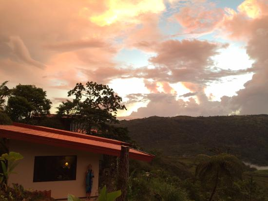 San Vito, Costa Rica: Spectacular sunsets from our cottage
