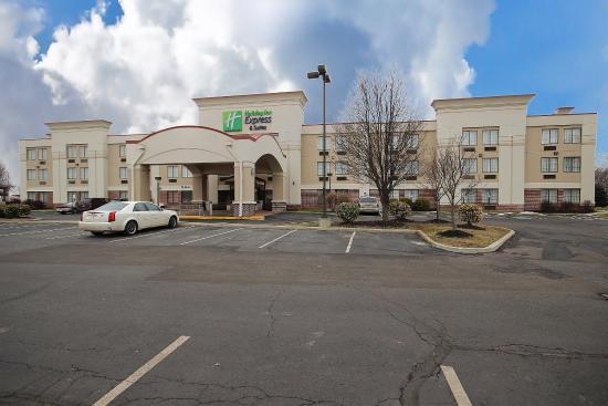 Photo of Holiday Inn Express Grove City