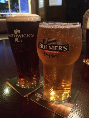 The Yacht: Smithwick's and Bulmers - two of my favorite drinks