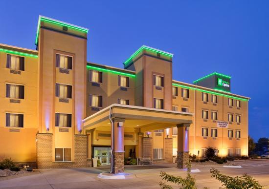 Fremont, Небраска: Hotel Exterior