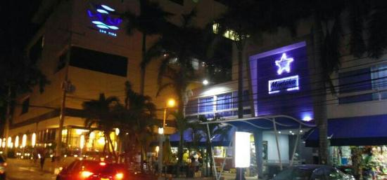 Mintaka Hotel & Lounge