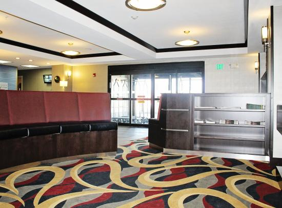 Holiday Inn Express Hotel & Suites Grand Junction: Reception Area