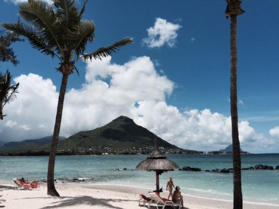 Sands Suites Resort & Spa: ホテルのビーチ