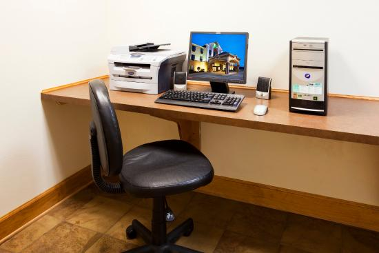 Forest City, NC: Business center open for your convenience
