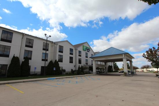 Photo of Holiday Inn Express Findlay