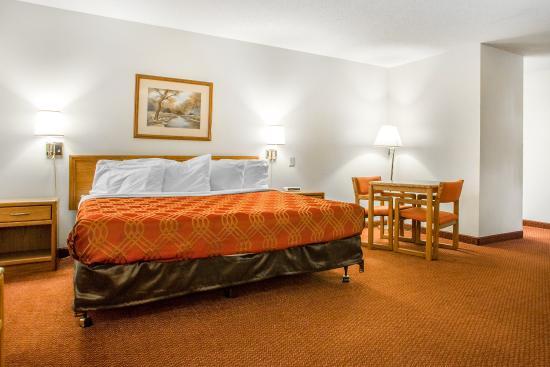 Merrill, วิสคอนซิน: King Suite