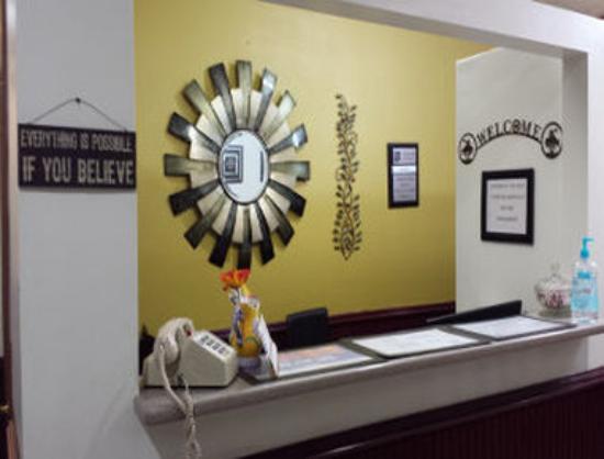 The Marigold Hotel - Downtown Pendleton: Lobby