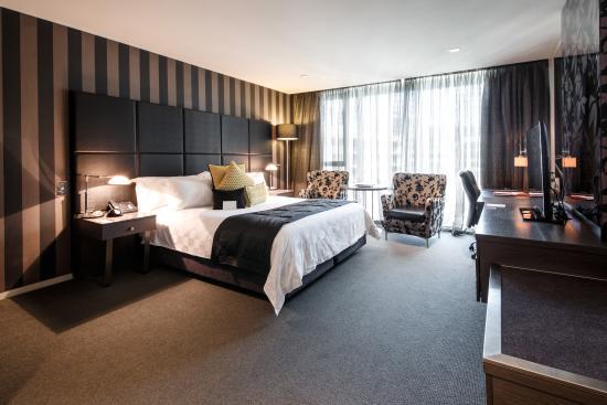 Emporium Hotel: King Suite