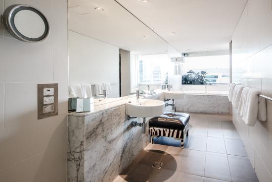 Emporium Hotel: Emporium Suite Bathroom