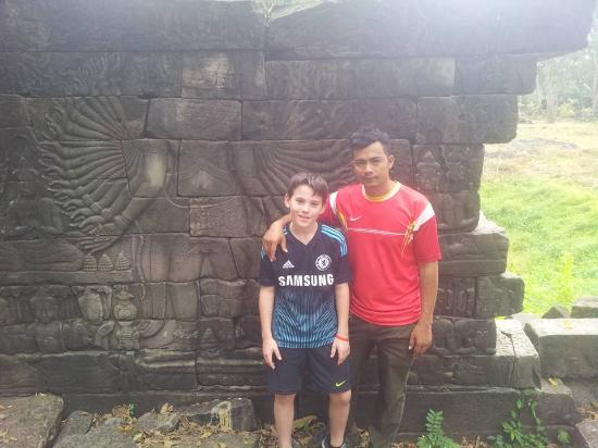Angkor Best Driver: car taxi to prasat banteay chhmar temple
