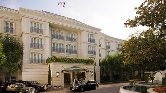 The Peninsula Beverly Hills: Hotel Exterior