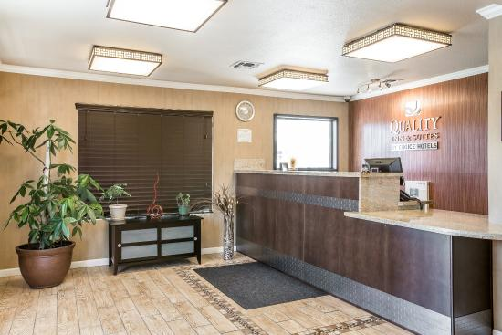 Quality Inn & Suites Woodland - Sacramento Airport: Lobby