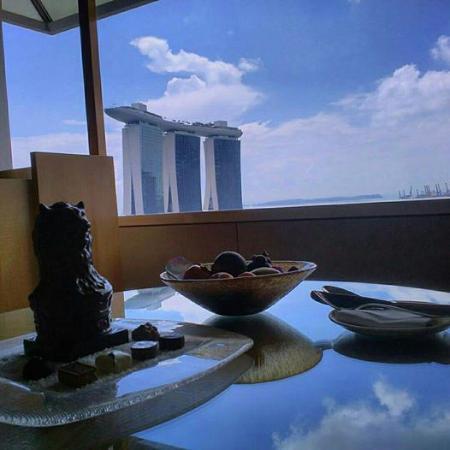 The Ritz-Carlton, Millenia Singapore: Ritz Chocolate