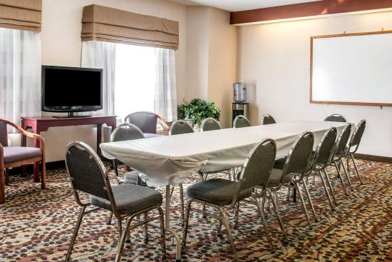 Sleep Inn & Suites: MEETING
