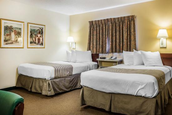 Suburban Extended Stay of Myrtle Beach: Guest Room