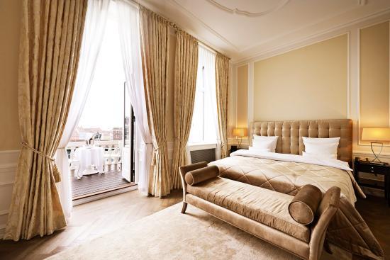 ホテル ダングルテール