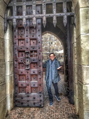 Castello di Amorosa: Welcome to my Abode