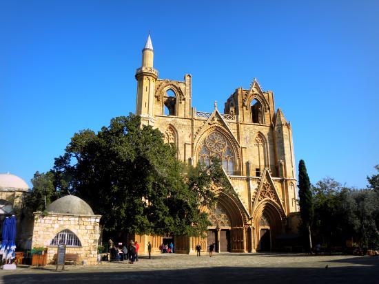 Famagusta District, Kypros: Lala-Mustafa-Pascha Mosque (St.Nikolaos Cathedral)