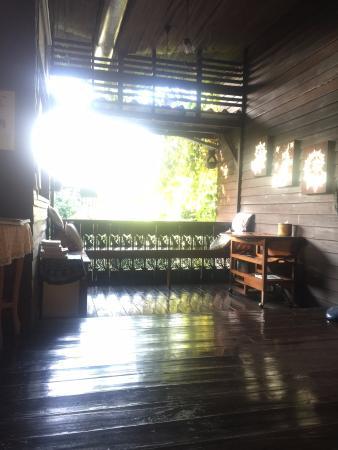 Banban Nannan Library and Guesthome