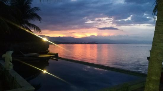 Temukus, Indonesien: Nice sunset...