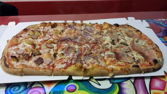 Pizza Miro & food