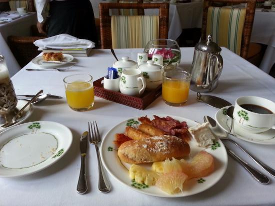 Raffles Grand Hotel d'Angkor: frühstück