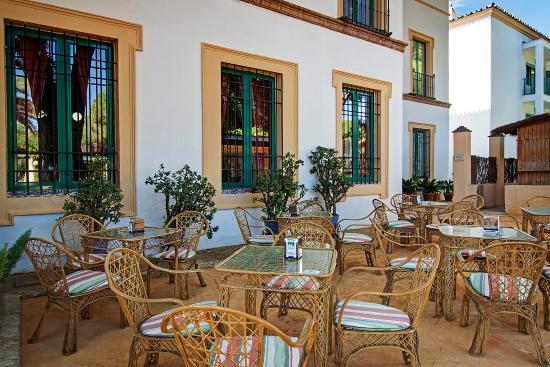 Terraza De Verano Hotel Oromana Alcalá De Guadaira