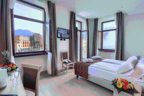 Hotel Europa: Deluxe room