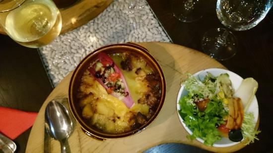 Le Bistro Des Neiges : Tartiflette et menu enfant