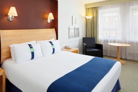 Bexley, UK: Modern and spacious air conditioned rooms