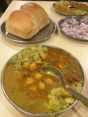 Cafe Tato Panjim: Sangam BHaji