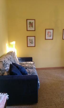 Hotel Dali: Sala/soggiorno