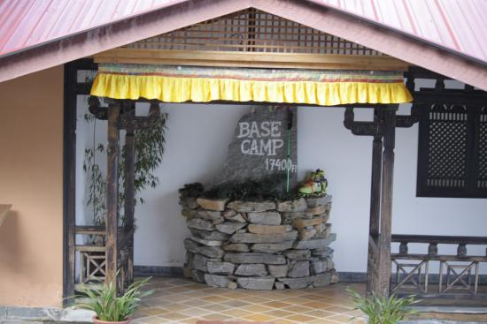 base camp picture of the chumbi mountain resort spa pelling rh tripadvisor co uk
