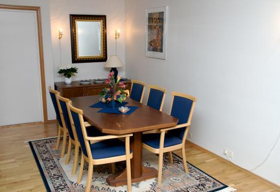 Aukra Municipality, Norway: Spisebord suite