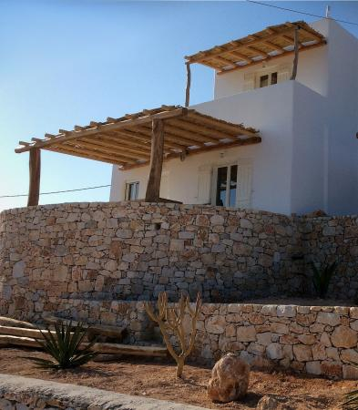 Petalides Residencies